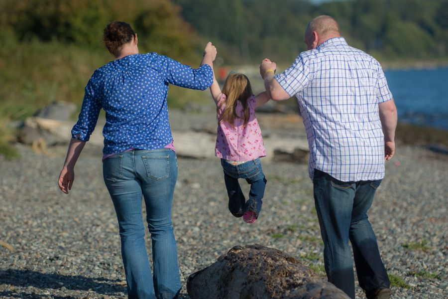 family-photoshoot-whiterock-eastbeach-02-