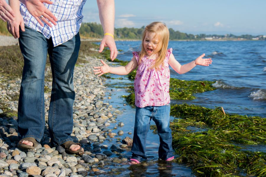 family-photoshoot-whiterock-eastbeach-06-