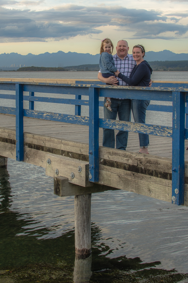 Family Photos in Crescent Beach at the Pier